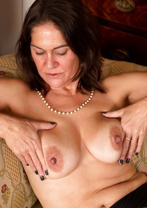 Mature Nipples Pictures