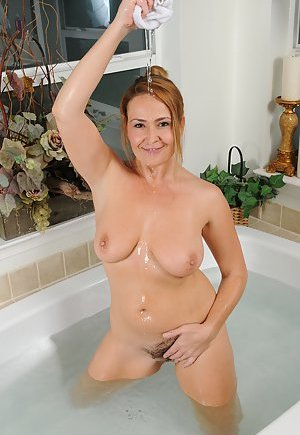 Wet Pussy Pictures